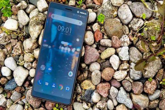 Nokia - Pokazuje jak wprowadzać nowego Androida